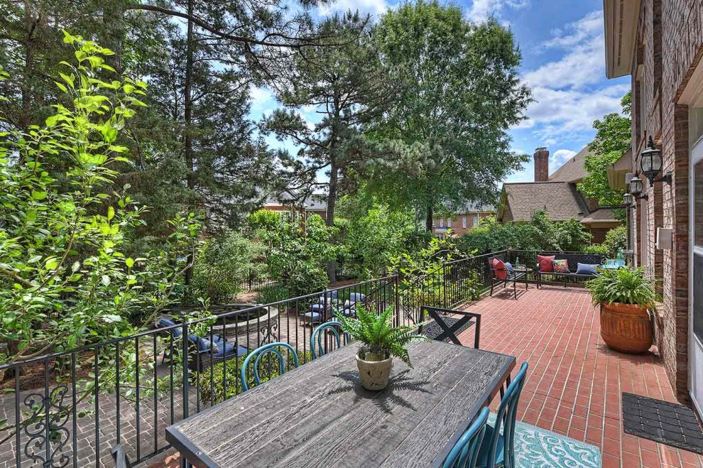 Staging Strickland Court Patio